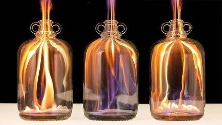 Zadziwiające sztuczki i eksperymenty z ogniem