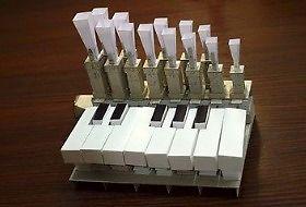 Organy z... papieru