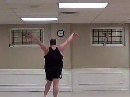 Kto powiedział, że grubasy nie potrafią tańczyć