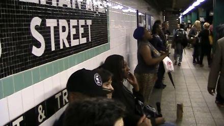 Beyoncé daje koncert w nowojorskim metrze
