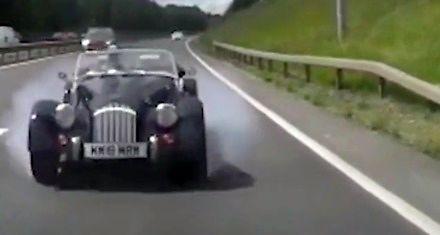 Zabytkowego samochodu trochę żal