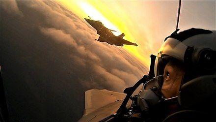 Francuskie myśliwce Rafale i piękno latania