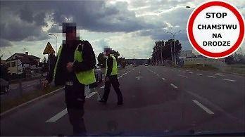 Bezpieczny pieszy, bezpieczny policjant - zasady bezpieczeństwa obowiązują każdego