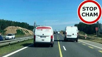 Kierowcy tej firmy serwisowej przydałby się przegląd serwisowy prawa jazdy