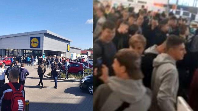 W ramach protestu cała szkoła poszła na przerwie do Lidla