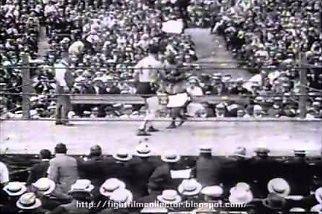 Walka o mistrzostwo świata w wadze ciężkiej z 1915 roku