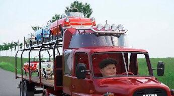 Czeska reklama samochodzików na mechanizm dźwigniowy napędzany stopami