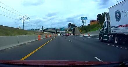 Jakim zagrożeniem jest kawałek folii na autostradzie?