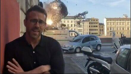 Ryan Reynolds na planie kolejnego spokojnego filmu Michaela Baya