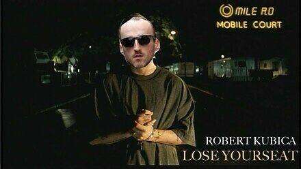 """Robert Kubica śpiewa """"Lose Yourseat"""" niczym Eminem"""
