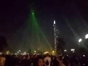 Chilijscy protestujący uszkadzają policyjnego drona za pomocą laserów