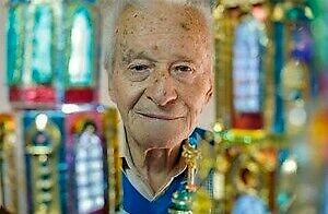Człowiek, który od 70 lat konstruuje szopki