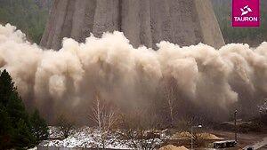 Wyburzenie chłodni kominowej Elektrowni Siersza