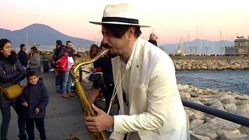 """""""Dance monkey"""" na saksofonie"""