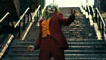 Oryginalne nagranie sceny ze schodami z filmu Joker