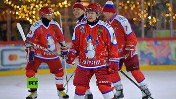 Putin gra w hokeja - rozstrzelał niewinnego bramkarza
