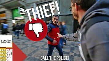 Oszuści kantują turystów na wymianie waluty w Pradze