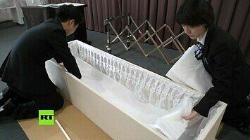 Zrób to sam, czyli trumna w stylu IKEA