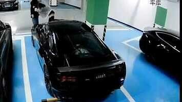 Szybka kara za włażenie na cudze auto