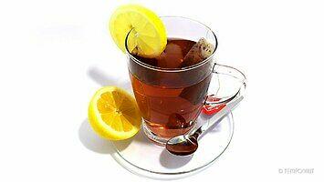 Zapomnieliście o szklance z herbatą i wam spleśniała? Jemu też to się zdarzyło