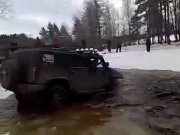 Mycie Hummerów
