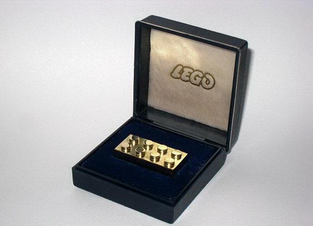 Najdroższy klocek Lego na świecie Joe Monster